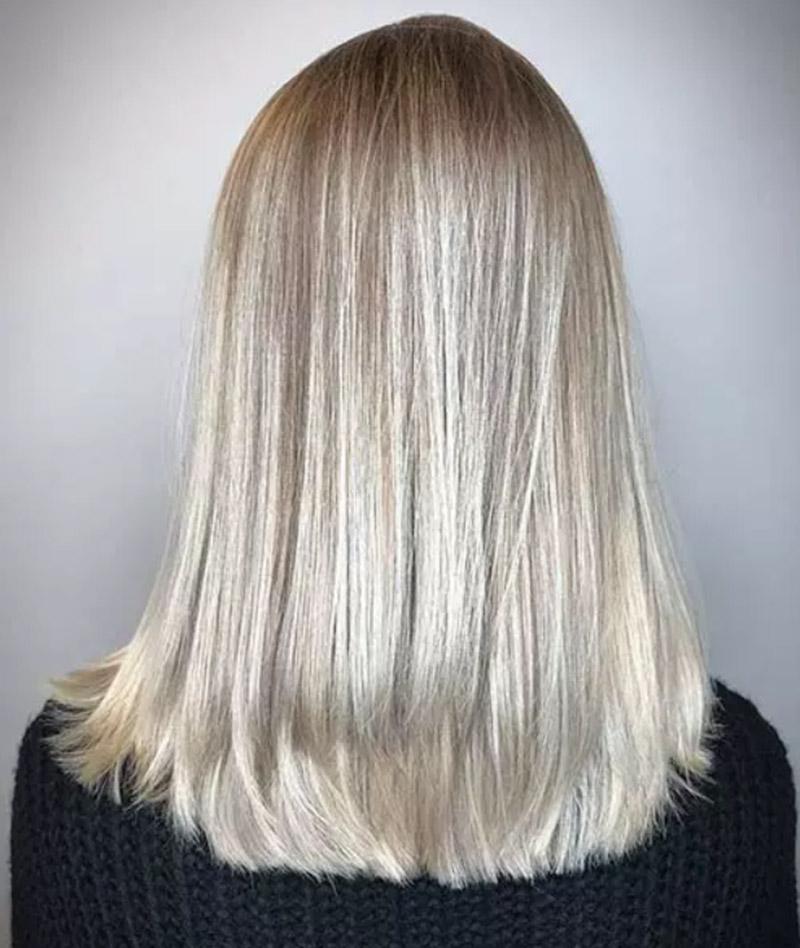 Màu tóc vàng xám tan chảy