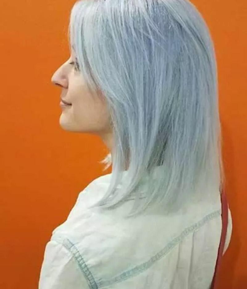 Màu bạch kim kết hợp với xanh da trời