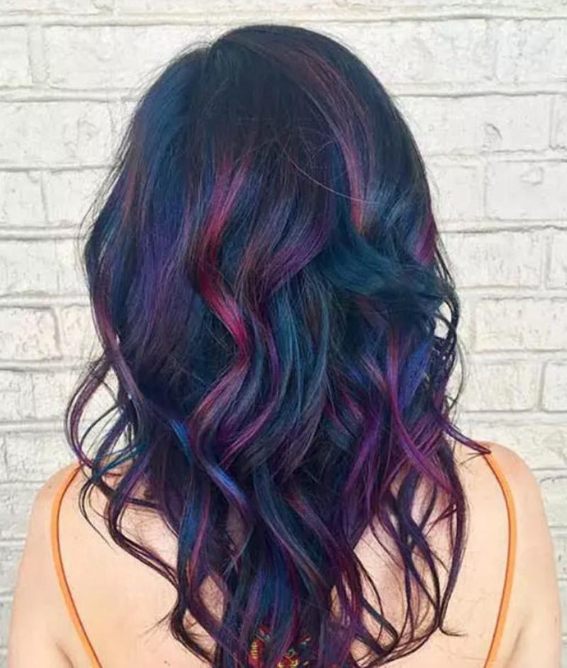 Tóc hồng tím xanh đen