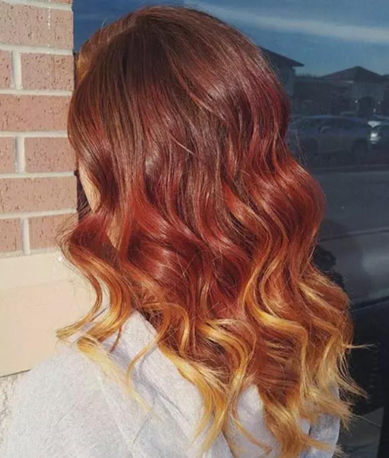 Tóc đỏ vàng cháy