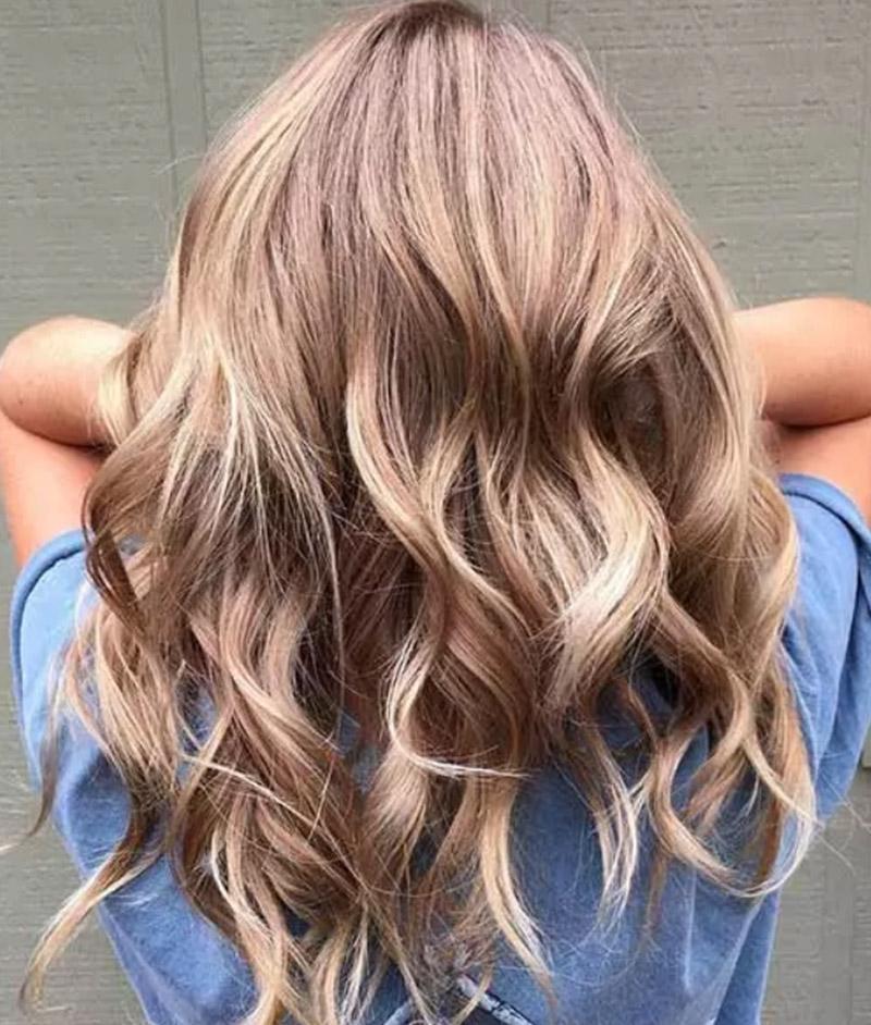 Màu tóc vàng đồng