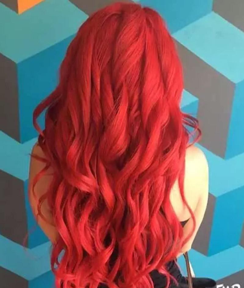 Kiểu tóc nhuộm đỏ theo phong cách nàng tiên cá Ariel