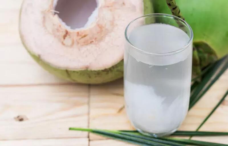Nước cốt chanh và nước dừa
