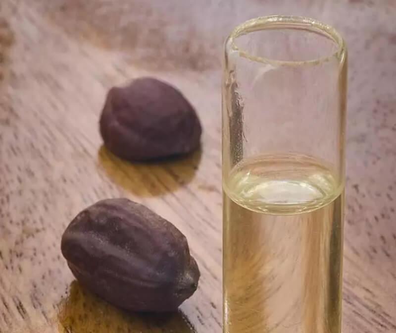 Dầu dừa và dầu Jojoba