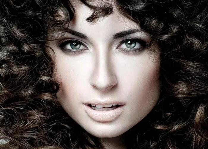 40 Kiểu tóc đẹp sành điệu dành cho tóc uốn bạn có thể lựa chọn