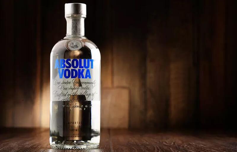 Rượu Vodka và ớt Cayenne