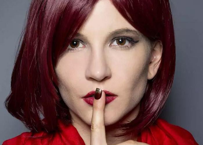 5 Cách đơn giản tự nhuộm màu tóc đỏ Burgundy cá tính ngay tại nhà