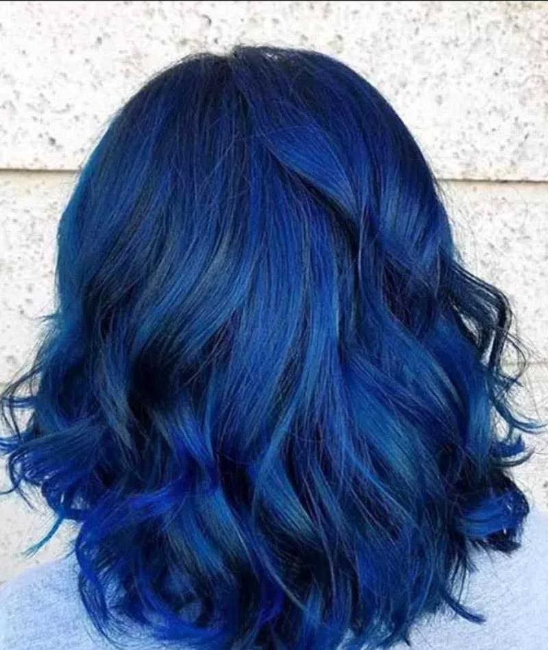 Màu tóc xanh đen hỗn hợp