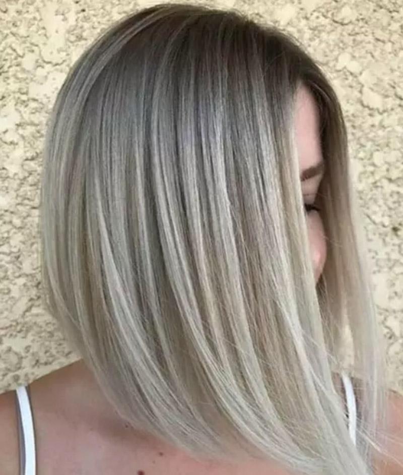 Màu tóc vàng tro tan chảy
