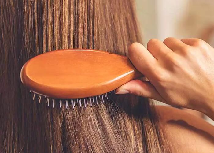 7 Cách đơn giản để làm cho mái tóc dài và suôn mượt