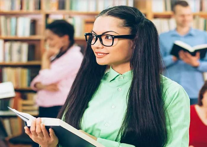 8 Kiểu tóc dài đẹp cho nữ sinh gây sốt giới trẻ hiện nay