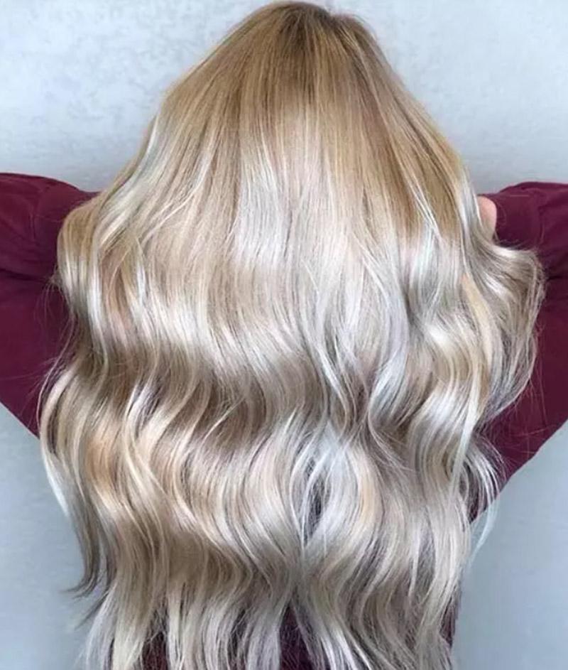 Màu tóc vàng hoe tông lạnh