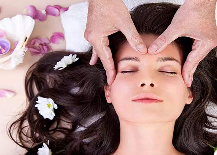 Bí quyết massage da đầu kích thích mọc tóc hiệu quả tại nhà