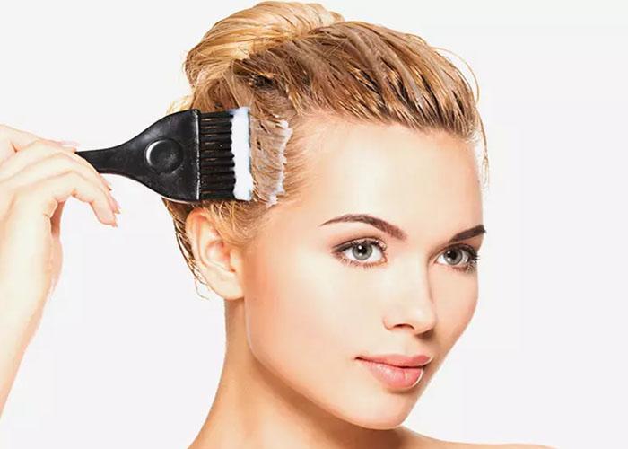 Cách nhuộm tóc màu vàng blonde ngay tại nhà cực dễ dàng