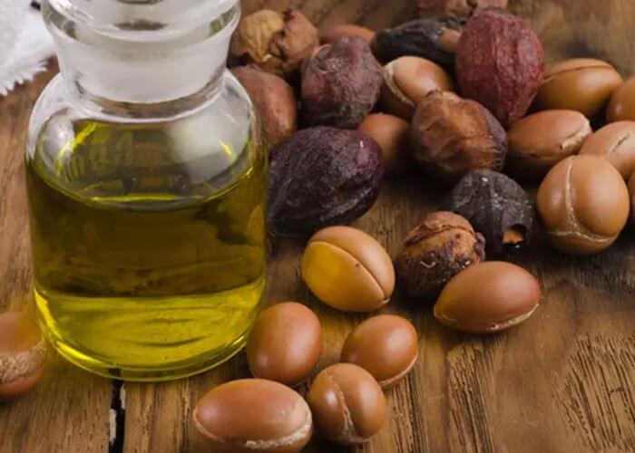 Cách sử dụng dầu Argan dưỡng tóc phát triển chắc khỏe hiệu quả nhất