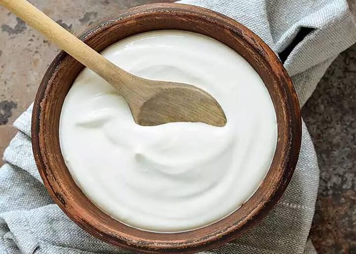 Cách sử dụng sữa chua để kích thích tóc mọc nhanh