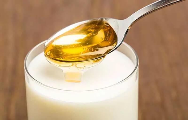 Dầu gội đầu sữa gạo và mật ong
