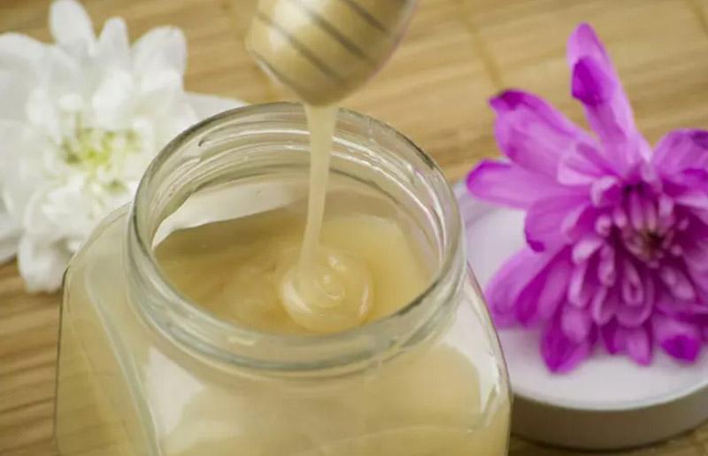 Dầu xả dầu dừa & mật ong điều trị cho tóc khô