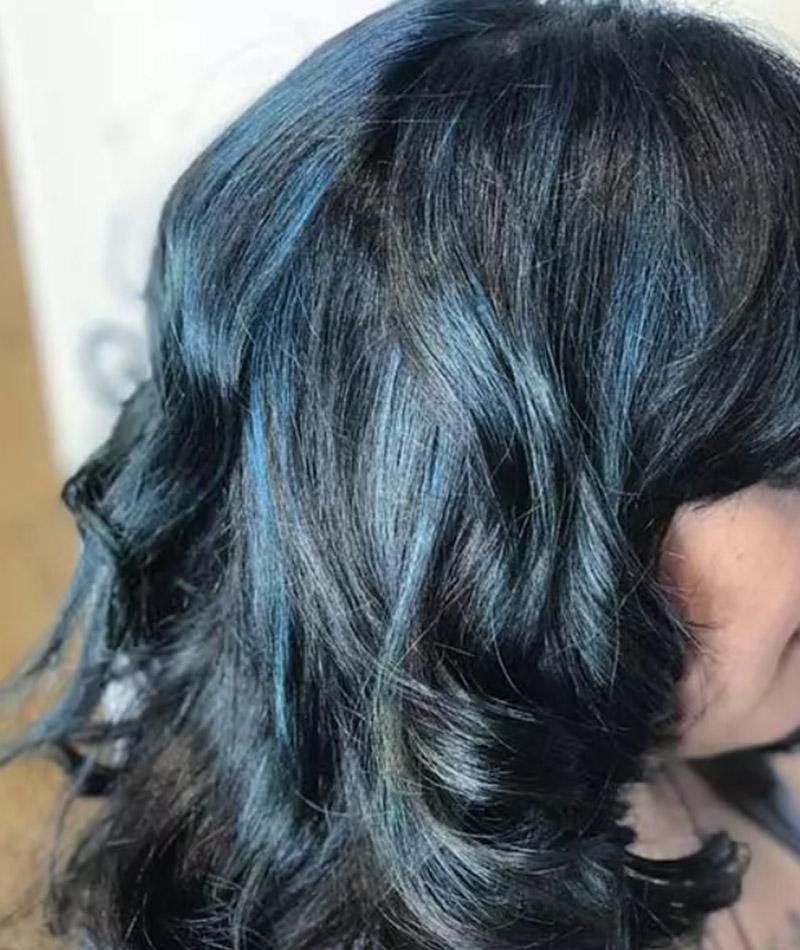 Mái tóc xanh mòng két
