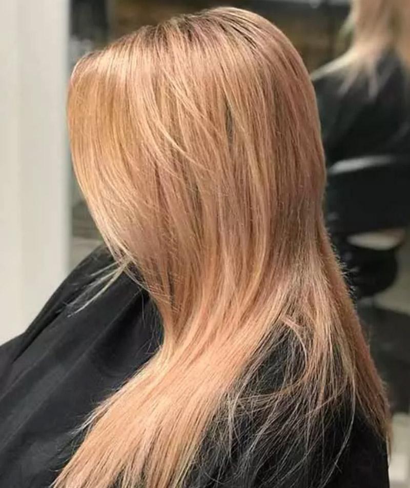 Màu bạch kim kết hợp với vàng hồng