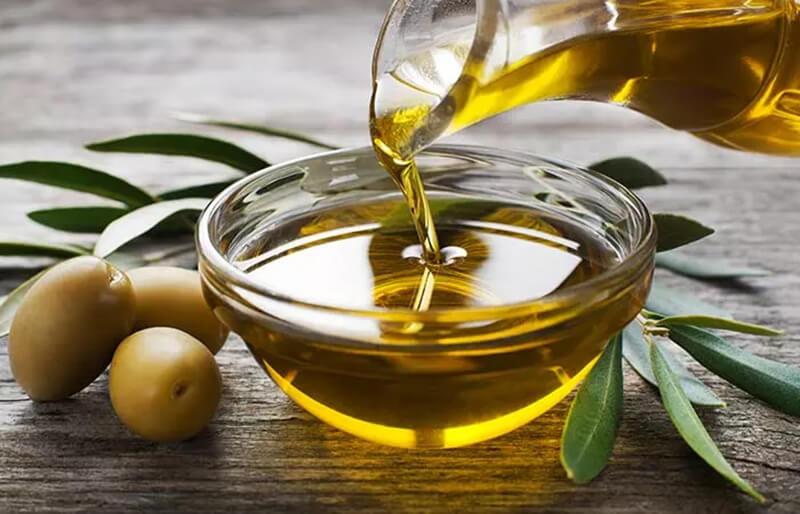 Muối và dầu ô liu