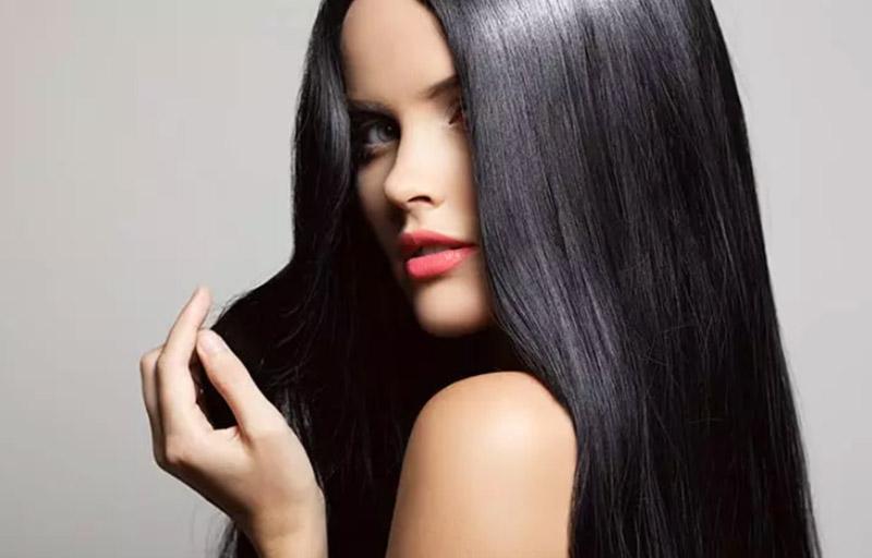 Nhuộm màu đỏ Burgundy trên tóc màu nâu Brunette tối