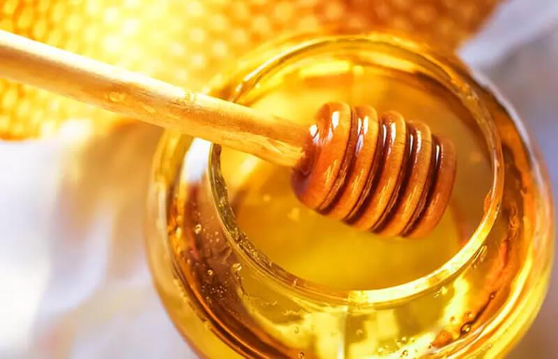 Nước cốt dừa và mật ong