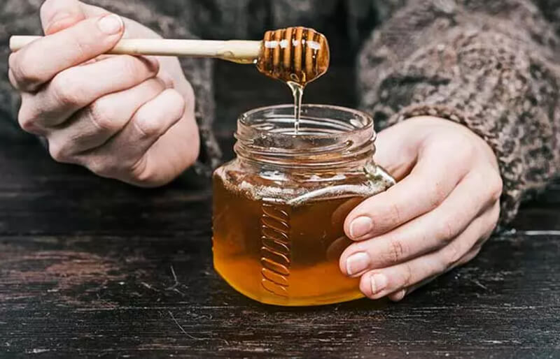 Nước dừa và mật ong