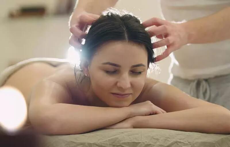 Phương pháp dầu nóng chăm sóc tóc