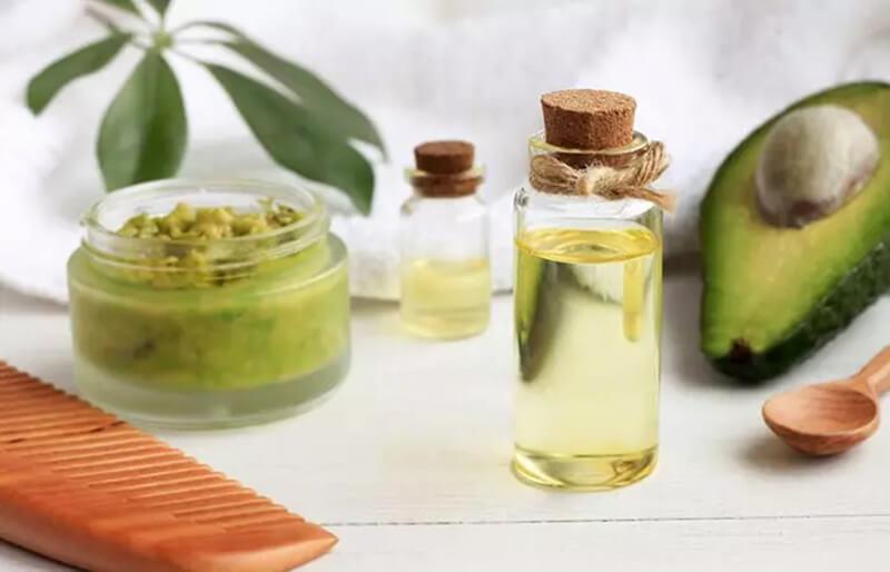 Sử dụng mặt nạ cho tóc chứa vitamin E