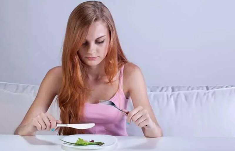 Thói quen ăn uống không đủ chất